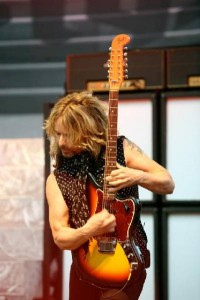 tommy_shaw