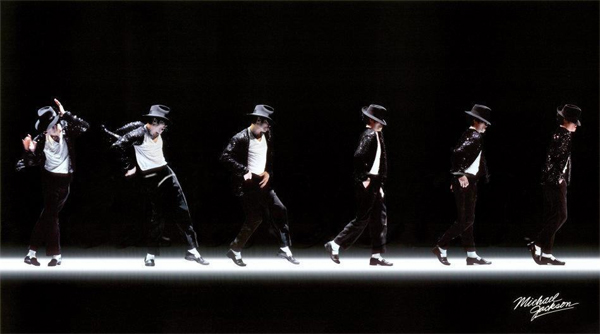 Michael-Jackson-moonwalking