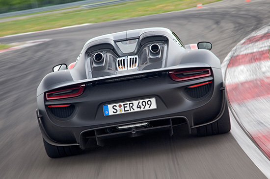 Porsche 918's dual exhaust exiting through the rear deck lid.